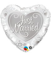 "18"" Heart Just Married Hearts Silver"